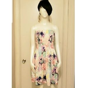 Foral strapless Dress